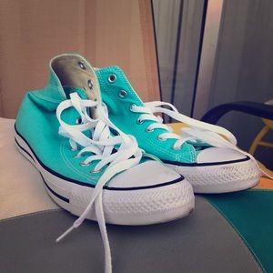 Colorful teal converse
